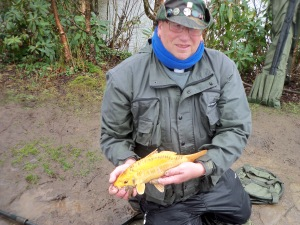 2013- 04-25 Steve - 1lb Golden Mirror Carp (2)