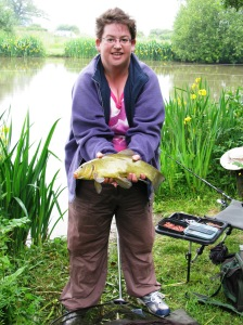 2013-06-21 Liz 2lb 11oz Tench 02
