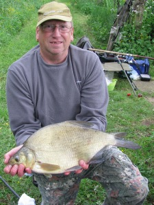 2013-06-21 Steve 4lb 7oz Bream 04