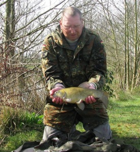 2lb 15 oz Tench