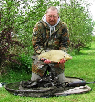 2015-05-12 Steve 4lb 11oz Bream