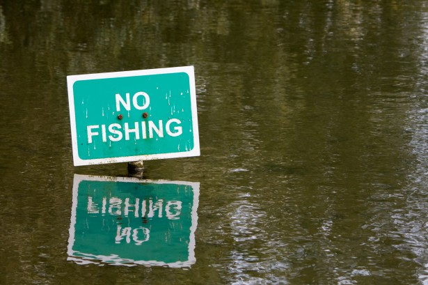 no-fishing-sign