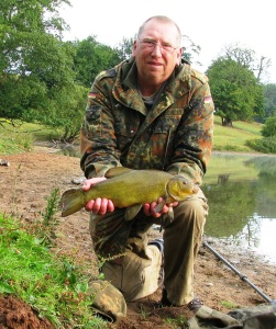 2015-08-11 Steve 3lb 10oz Tench