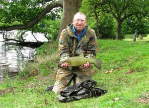 2015-08-25 Steve - Tench 3lb 12oz