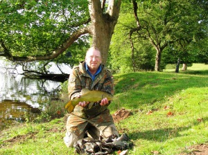 2015-08-25 Steve - Tench 3lb 8oz