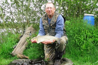 2016-05-20 Valley View - Steve 3lb 14oz Chub 03