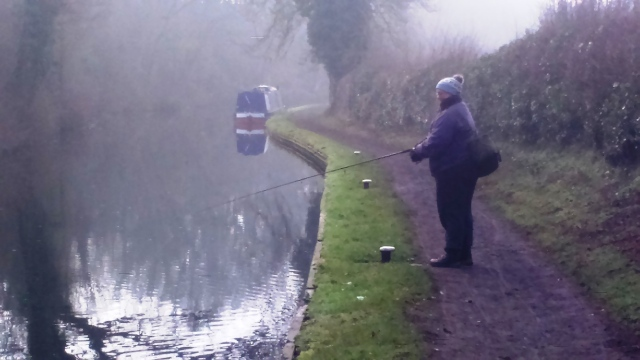 2017-01-22-liz-on-staffs-worcs-canal-at-stewponey-01
