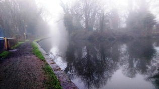 2017-12-22 Staffs-Worcs Canal, Stourton, Junction Of Stourbridge Canal 02